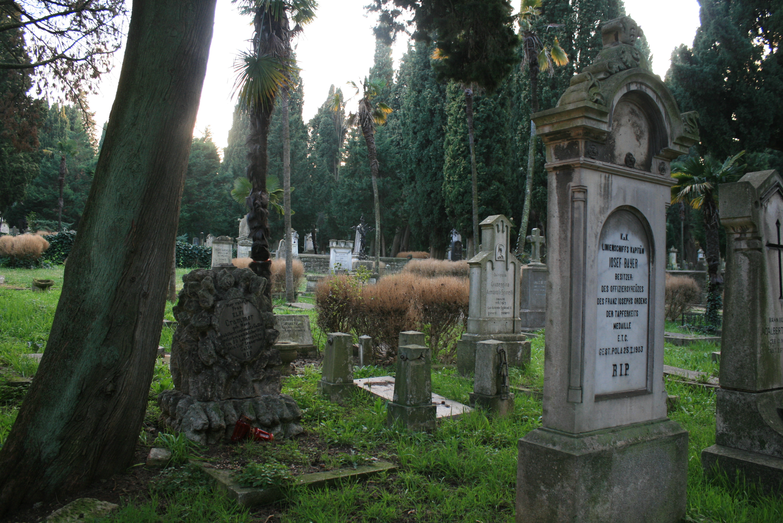 Cimitero Marina Pola1