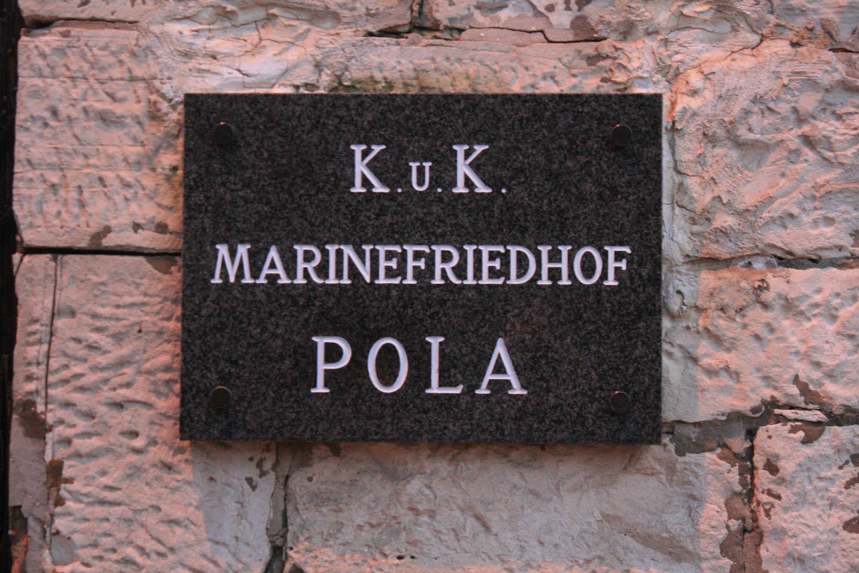 Cimitero Marina Pola3