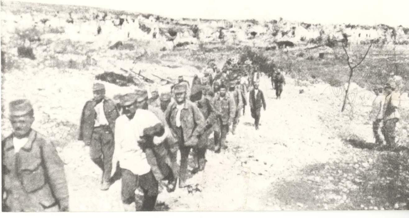 I-13b Colonna prigionieri 1917