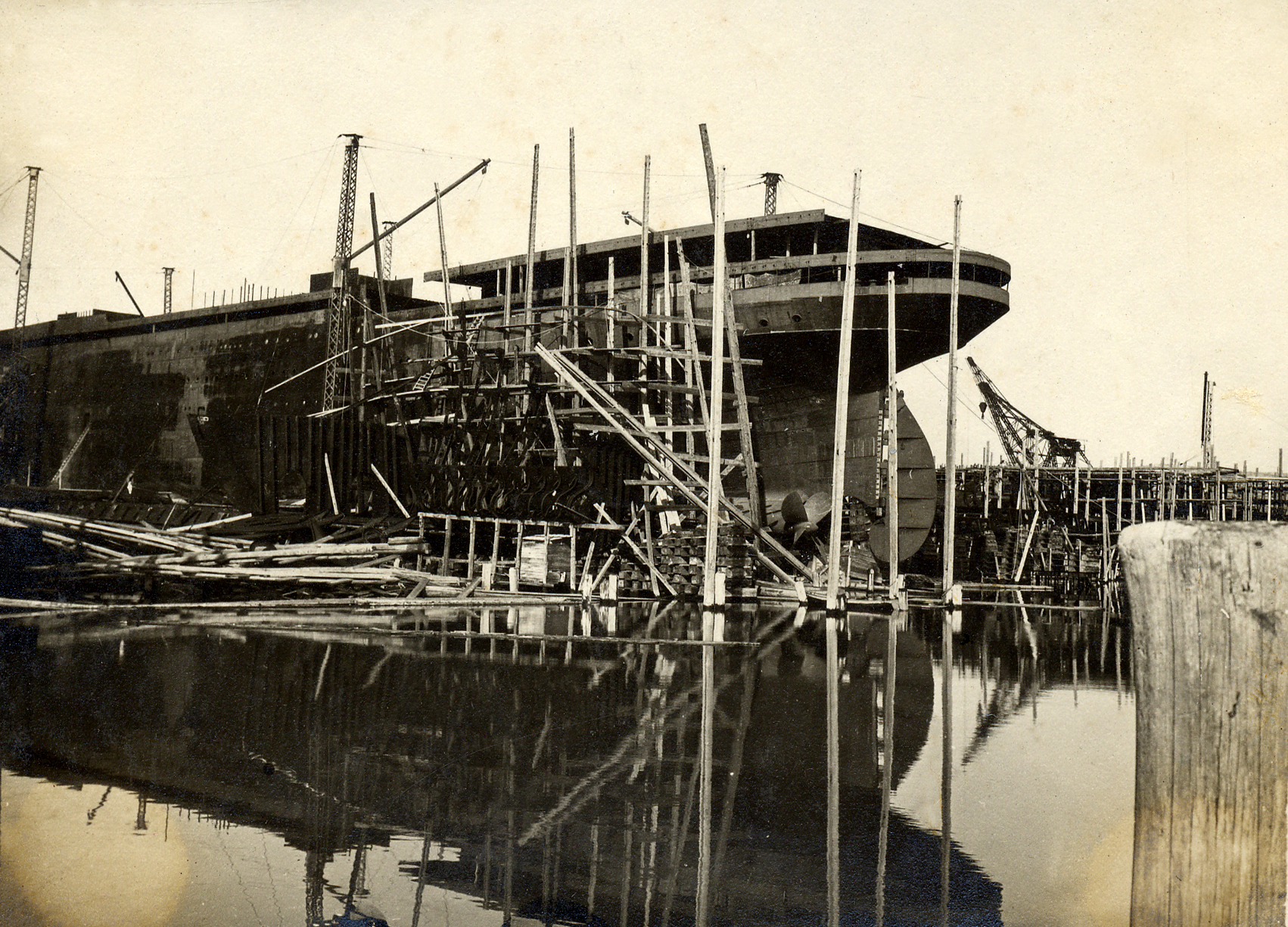 Monfalcone - cantieri navali di Monfalcone - (ASDM)
