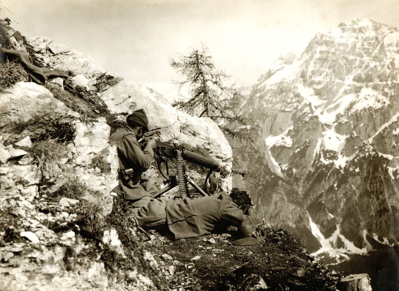 Alpi Carniche - 02 - serventi alpini alla mitragliatrice - (ASDM - coll. Minto)